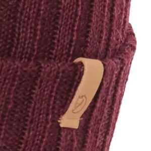f8f4861c0b7 Fjallraven Accessories - Fjallraven Byron Thin Wool Burgundy Winter Hat!